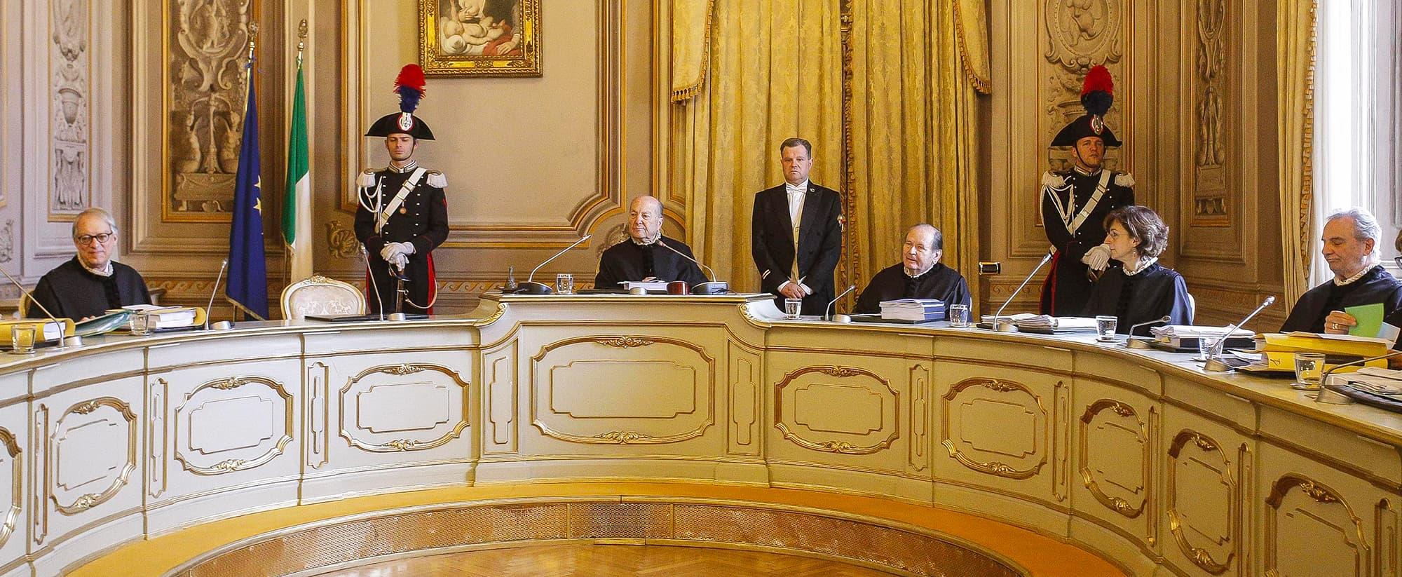 Articolo 54 - Questione di Legittimità Costituzionale? Perplessità. Primo Capitolo